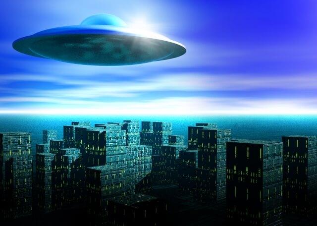 UFO 空飛ぶ円盤
