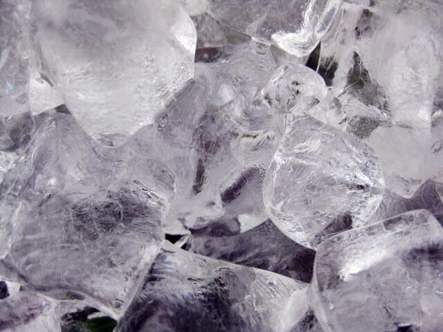 ファフロツキーズ 空 氷塊