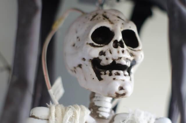 亡くなる直前の人がとる不可思議な行動 骸骨