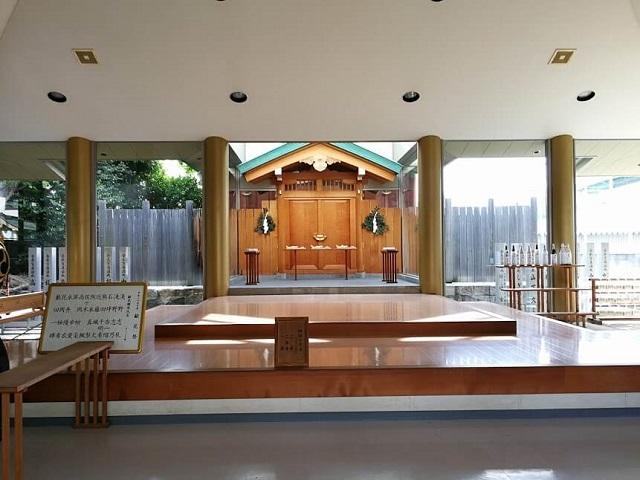 八剱神社 本殿