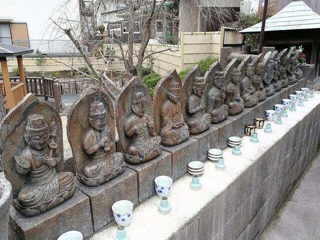 首地蔵 宝塚 石仏