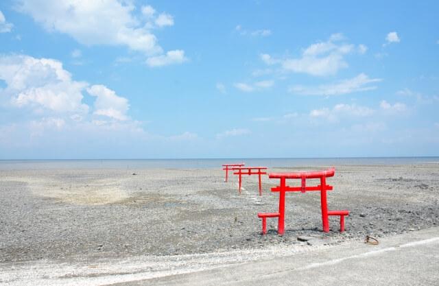 宇宙人のやすらげる家 佐賀県 海中鳥居