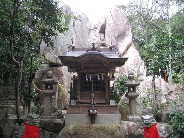 カタカムナ 越木岩神社