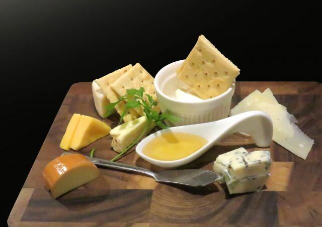 スティルトンチーズ 明晰夢 なぜ